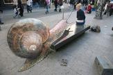 Artista: Julian Beever Título: Caracol gigante Fuente: www.heavy.com